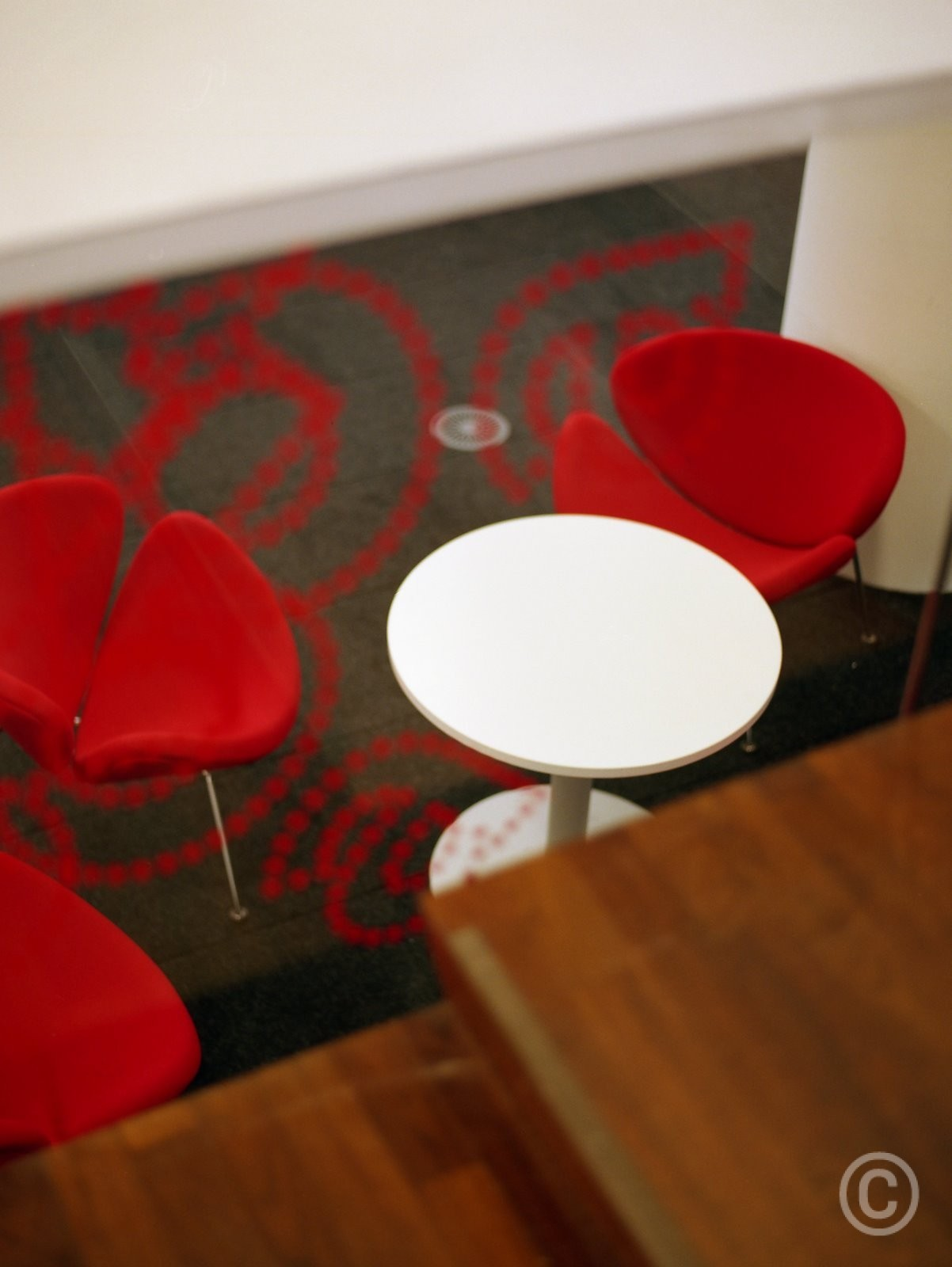 Coenen_OBA017 meubel witte tafel