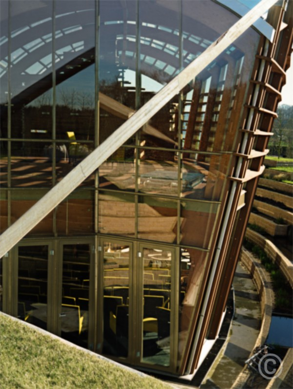Bomencentrum Building Baarn, Holland © Prosper Jerominus, 2005