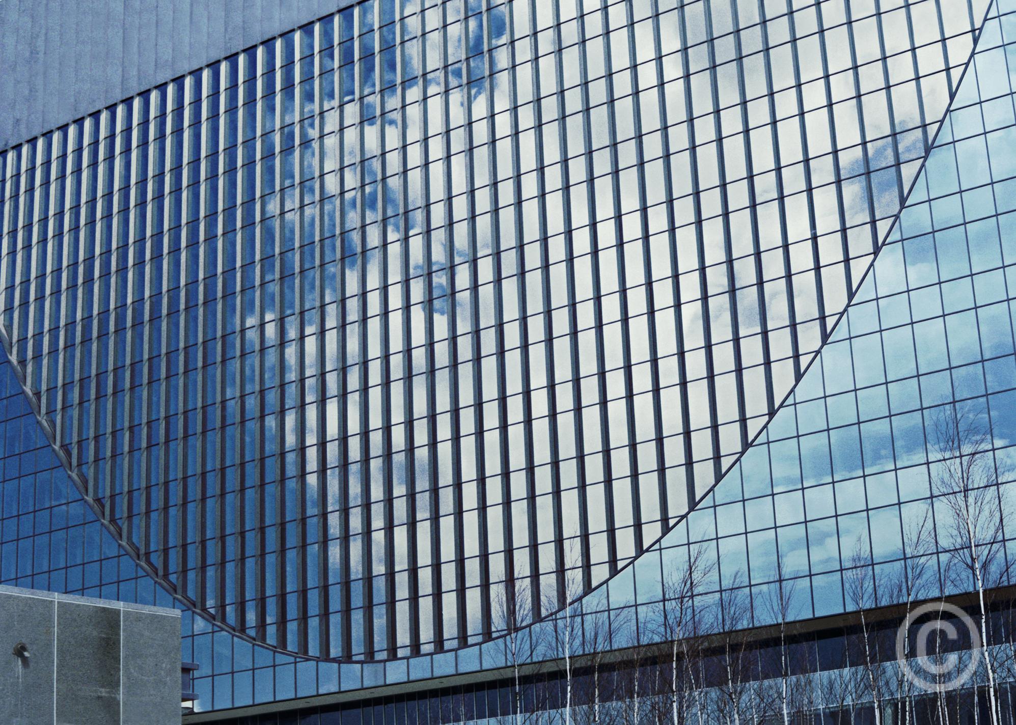 Federal Reserve Bank of Minneapolis, Minneapolis, Minnesota 1967–1973 (now: Marquette Plaza), Architect: Gunnar Birkerts © Prosper Jerominus, 2017