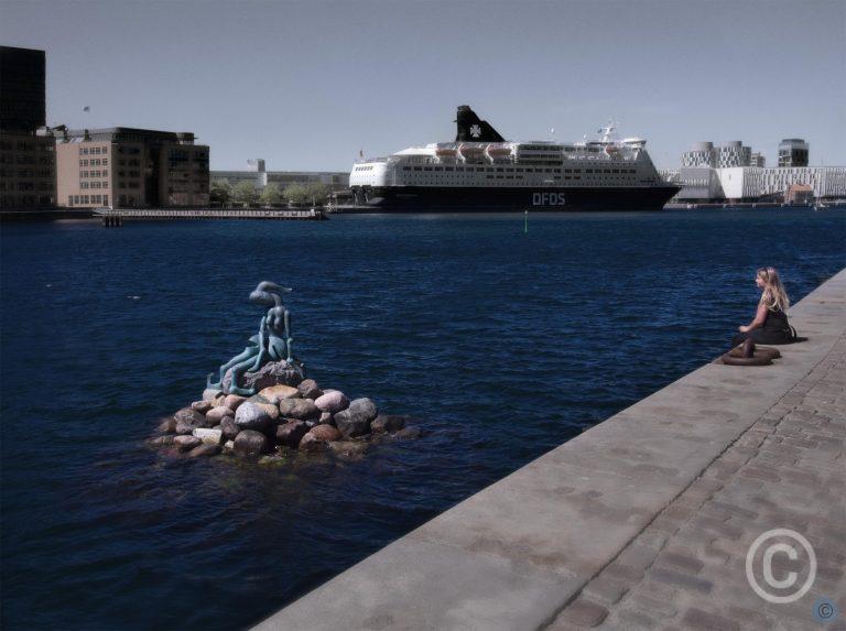 Who's the Little Mermaid? -02 Paradise Genetically Altered Bjørn Nørgaard, 2006 Copenhagen, Denmark © Prosper Jerominus 2018