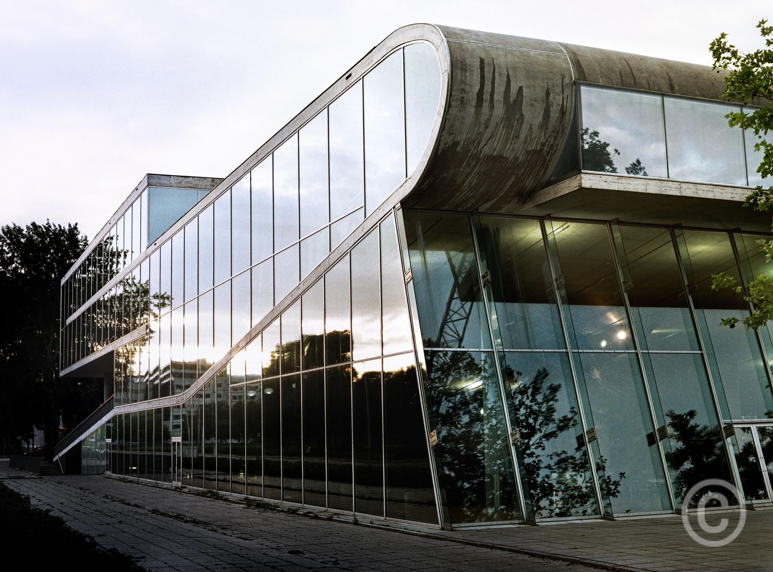 Educatorium Utrecht University Netherlands OMA , Office of Metropolitan Architecture Rem Koolhaas
