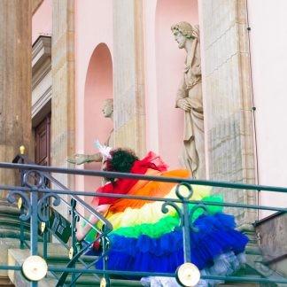Climbing the stage Transsexuellen-Gesetz jetzt abschaffen! Pride Parade Berlin 2020