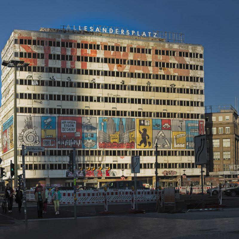 Statista Berlin Stop Wars - ALLESANDERSPLATZ Haus der Statistik, Berlin 2019